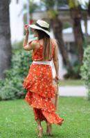 ELB0490xxx.jpg-turuncu-beyaz-cicekli-kruvaze-volanli-elbise-ELB0490